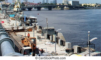 construction work on the embankment of the Dnipro, Kyiv