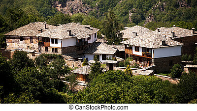 Kovachevica - authentic old bulgarian houses in Kovachevica...
