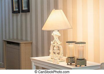 Vintage mansion - lamp