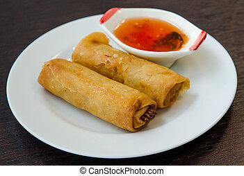 Fried spring roll with sweet sauce