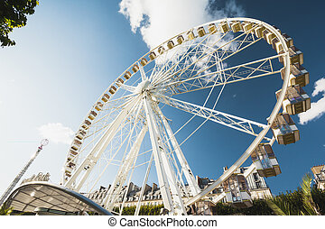 Paris Ferris Wheel - ferris wheel in paris in the afternoon