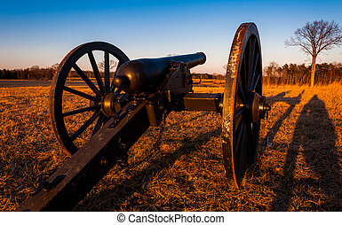 Cannon at sunset, Manassas National Battlefield Park,...