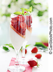 cream jelly with strawberries