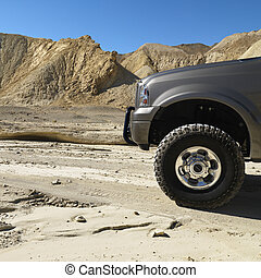 Truck in Death Valley. - Four wheel drive truck in desert...