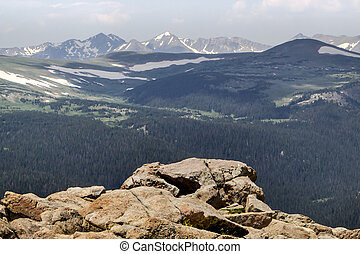 Trail Ridge Road Overlook - Rocky Mountain National Park in...