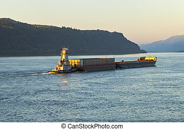 Push boat and barges Oregon - Pushboat and barges in the...