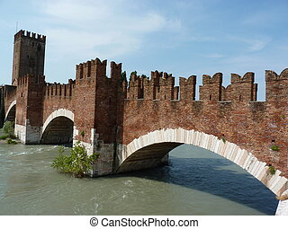 Castelvecchio bridge - The beauty of Castelvecchio bridge