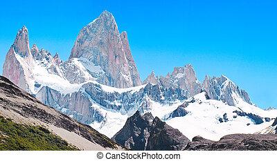 Mt Fitz Roy summit in Los Glaciares National Park, Patagonia