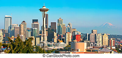 Seattle skyline panorama at sunset as seen from Kerry Park,...