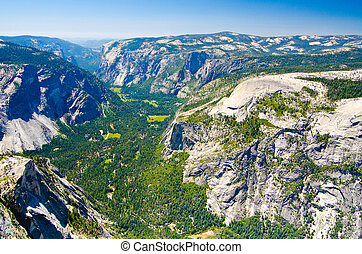 A view of Yosemite Valley from atop Half Dome