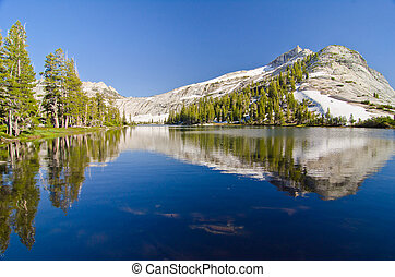 Cathedral Lake with Cathedral Peak in the background at Yosemite National Park