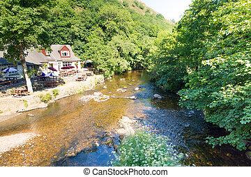 Fingle Bridge River Teign Dartmoor - River Teign Fingle...