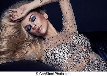 Fashion portrait of beautiful blonde woman