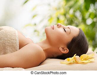 mulher, spa, mentindo, massagem, escrivaninha