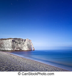 Etretat Aval cliff landmark and its beach Night photography...