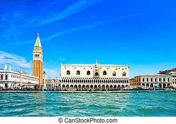 Venice landmark, Piazza San Marco with Campanile and Doge...