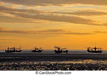 Samroiyod Beach, Pranburi, Prachuap Khiri Khan, Thailand