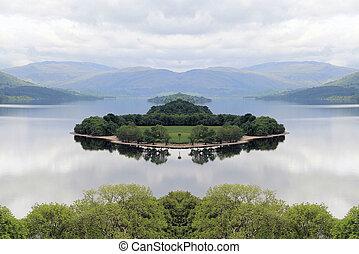 Island in Loch Tummel - Island in the middle of Loch Tummel,...