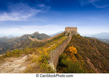 the great wall of china in autumn - the great wall of china...