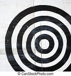 Bullseye target. - Black and white bullseye target.