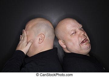 Gêmeo, irmãos, chorando