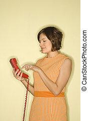 mujer, el marcar, teléfono
