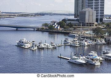 south bank Jacksonville marina - sailboat and powerboat...
