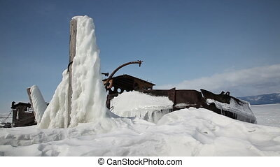 Frozen ship on Baikal lake - Shoot with slider using on...