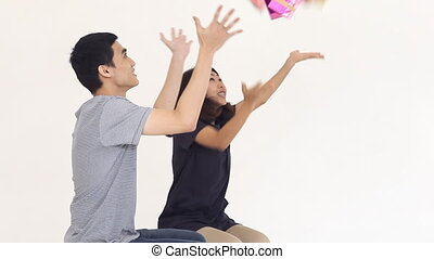 Couples tosses gift box into the air, Bullet time effect