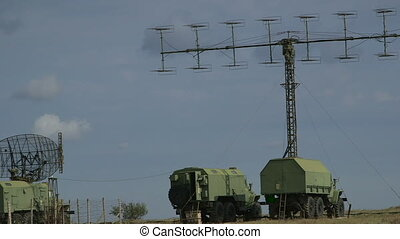 Military radars for air traffic - Mobile military air...