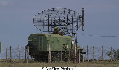 Mobile Military Radar - Mobile military air defence system...