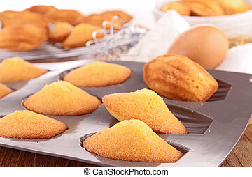 madeleine with ingredients