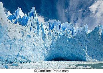 Perito Moreno glacier, Patagonia Argentina. - Cave in the...