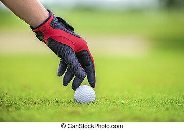 golf ball - Start game by put the golf ball