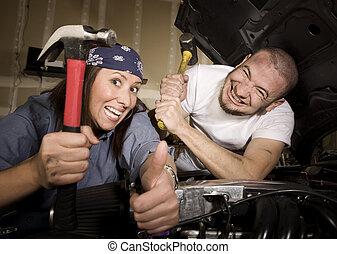 nieszczęśliwy, mechanika