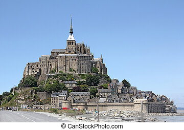 Mont Saint Michel - Le Mont Saint Michel Abbey, Normandy /...