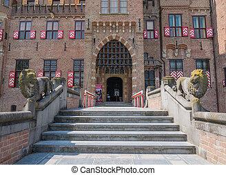 Main entrance to Castle De Haar, The Netherlands - Castle De...