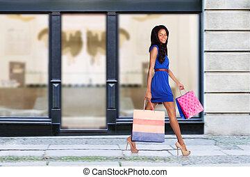 Happy fashion shopping consumer - Beautiful young fashion...