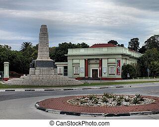 Art Gallery & Cenotaph - The Nelson Mandela Metropolitan Art...