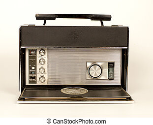 retro ghettoblaster - a fantastic looking retro radio