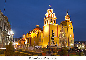 the iconic yellow church in guanajuato, mexico