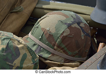 US Vietnam War Helmet in good condition