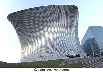 soumaya museum in Mexico city - the very modern building...