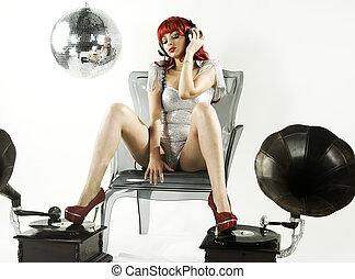 redhead gogo - beautiful readhead gogo posing on a chair