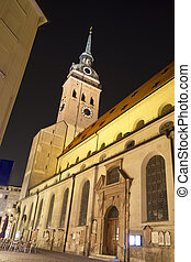 """Alter Peter"" church in Munich, Germany, at night"