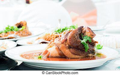 pork knuckle stew
