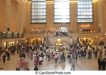 grand central terminal - view of crowds in grand central...