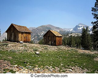 Miners' cabins in the Sierra - Rustic cabins near an...
