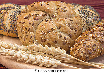 Whole wheat bread - Various types of whole wheat bread and...