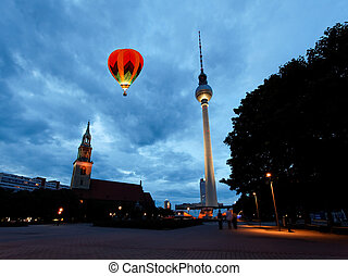Berlin tv tower - fernsehturm - The Berlin tv tower -...